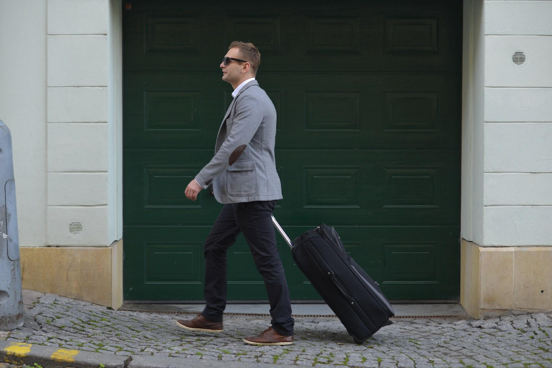 おすすめのスーツケース・キャリーバッグブランド8選と選び方!低価格から本格派まで人気メーカーを厳選!